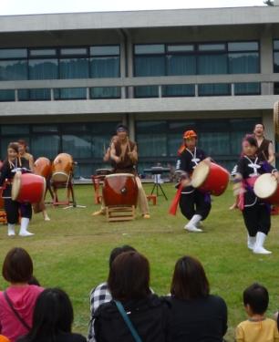 琉球國祭り太鼓と寧鼓座とのコラボレーション