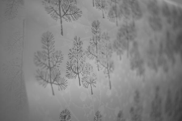 809.唐紙:冬の松.JPG