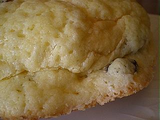 レーズンメロンパン