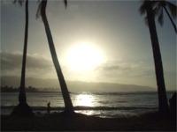 ハレイワビーチの夕暮れ