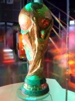ワールドカップトロフィーのレプリカ