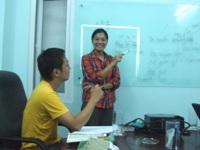 ベトナム語を教わるMLOS