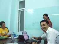 和やかな雰囲気でベトナム語勉強中