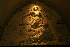 モンサンミッシェルの聖堂起源のレリーフ、ミカエル