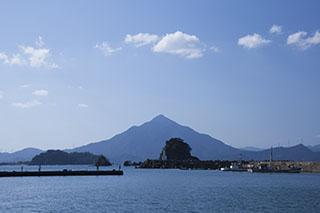 福井県,若狭和田から見た青葉山