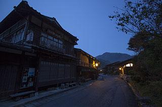 夜明け前の妻籠宿、南木曽、木曽路、宿場町、中仙道、本陣