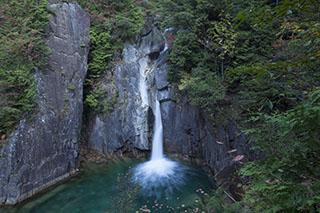 南木曽、木曽路、柿其渓谷、紅葉、牛が滝