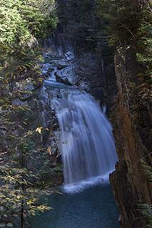 南木曽、木曽路、柿其渓谷、紅葉、霧が滝