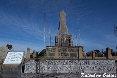 長崎県対馬市、ロシア兵上陸地、阿奈珥浜、あなじ浜、日本海海戦記念碑、殿崎、ロシア軍バルチック艦隊、巡洋艦ウラジミル・モノマフ号