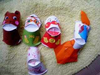 紙コップ人形1