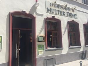 Mutter Ernst