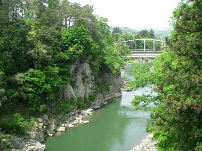 天竜峡の新緑1