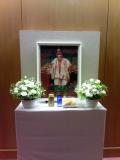 ロビーの祭壇