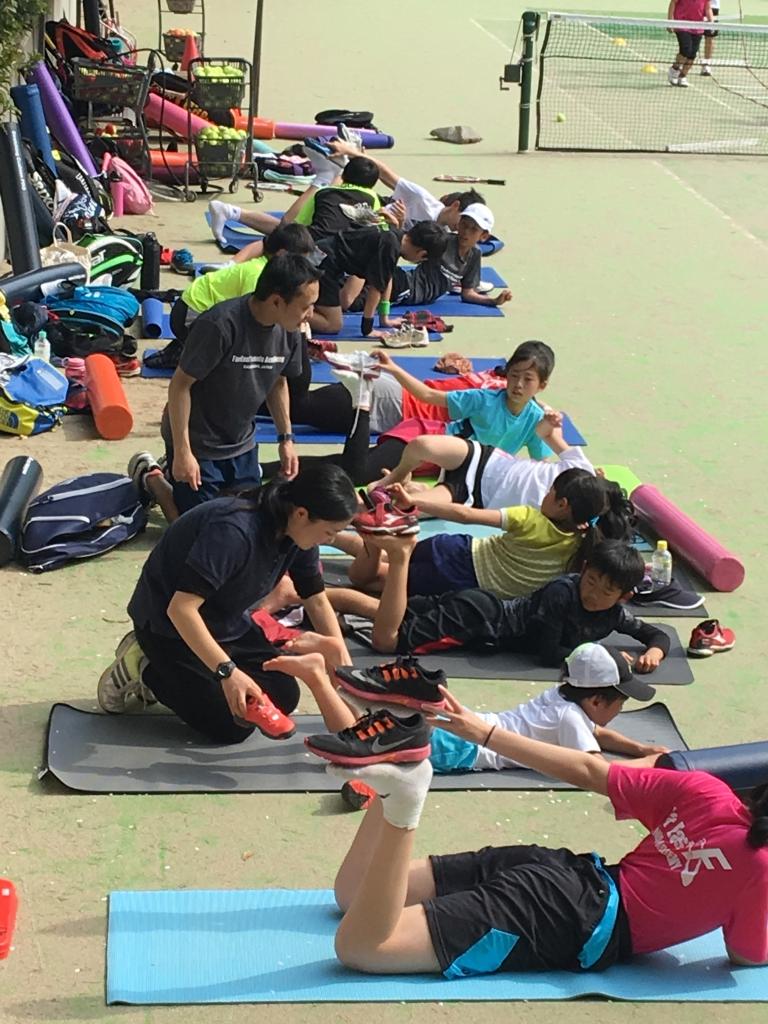 山口トレーナーによるトレーニング風景