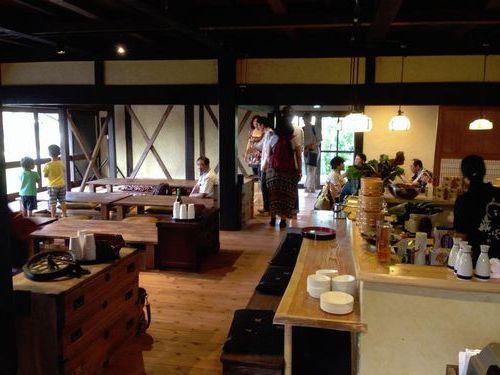 GW山梨観光郷土料理店おすすめほうとう本物の味地元の人が食べる
