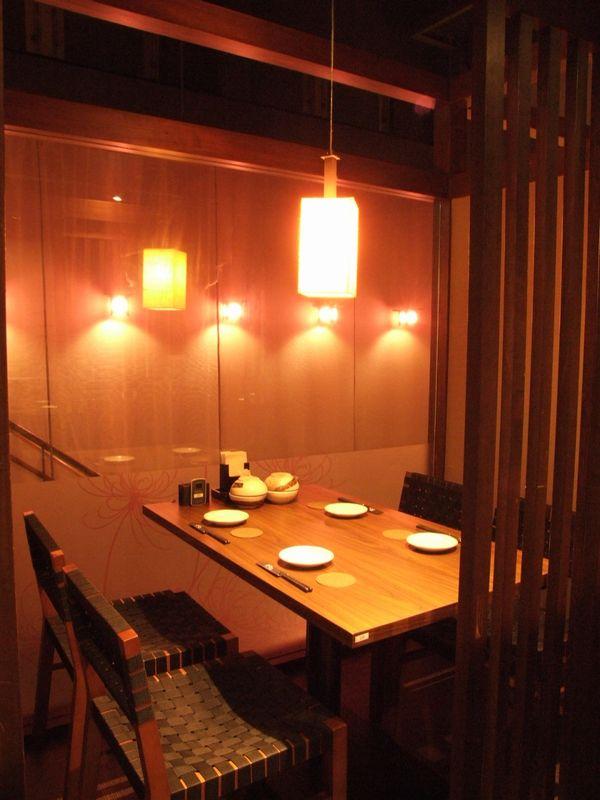 大阪寝屋川市京阪本線香里園駅周辺人気の質の良い焼き肉しゃぶしゃぶカニ食べ放題。家族連れや友達同士にオススメ個室あり