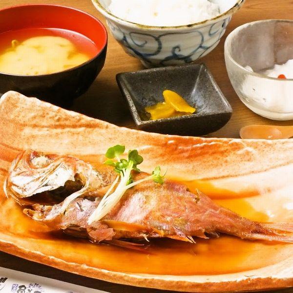 上野湯島駅不忍池近く魚之屋絶品グルメランチ口コミも多く評判の良い海鮮料理