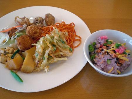 ふるさと薬膳「澪」の昼食バイキング