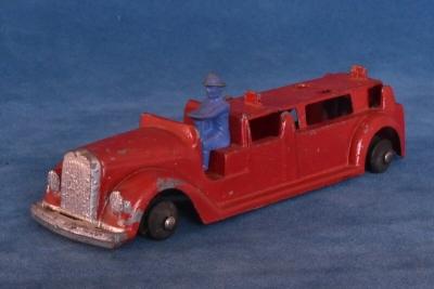 tootsietoy fire truck-2.jpg