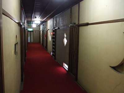 静観荘廊下