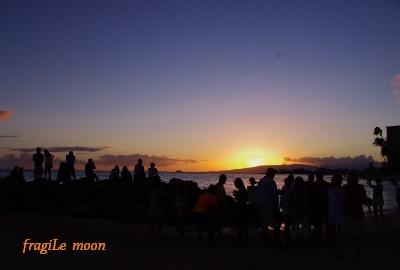 ワイキキビーチの日没
