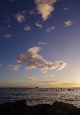 日没前の空・雲@ワイキキ