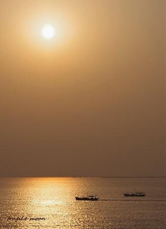 きりしまから見た朝の海1