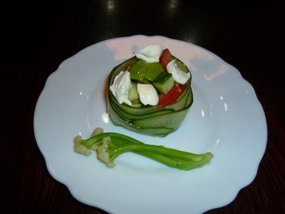 カリフローレトと夏野菜サラダ