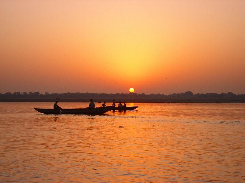 ガンジス河の日の出
