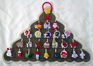 全て手縫いの手作り☆壁掛けタイプのクリスマスツリーのアドベントカレンダー