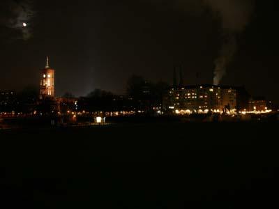 赤の市庁舎・夜