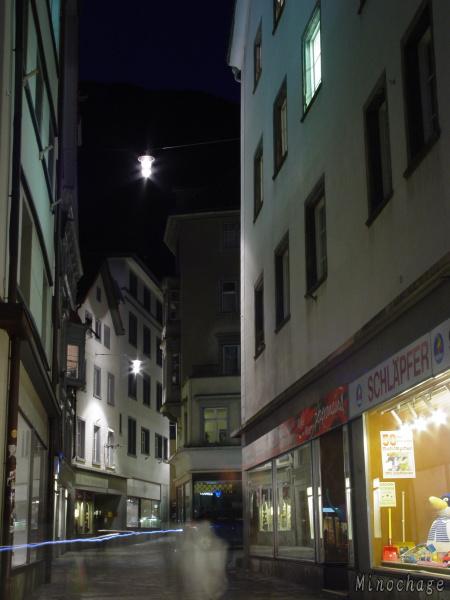 08年01月スイスの街角で
