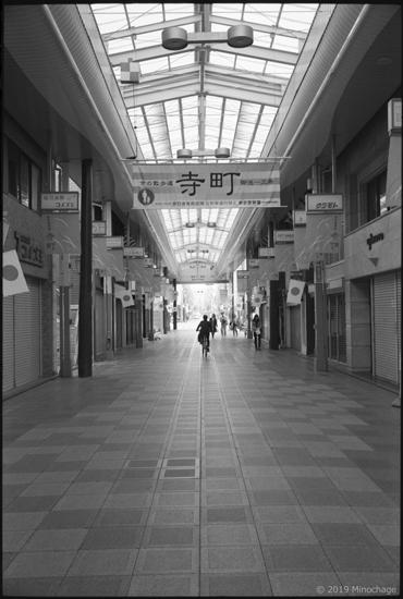Leica M3 で 寺町道りを