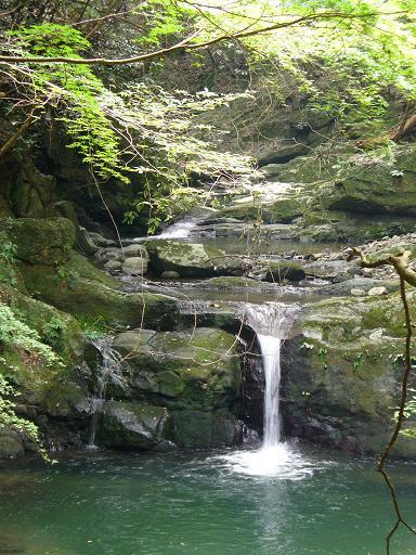 犬鳴山の滝