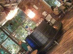 デザイニングスタジオ内5F_WIRED CAFE360°店内