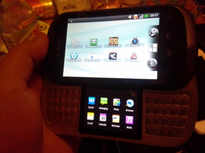 T-Mobile・LG LG DoublePlay