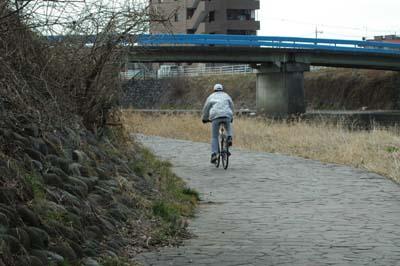 田川のサイクリスト