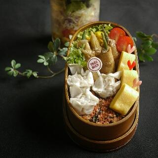 オクラとヤングコーンの肉巻き弁当