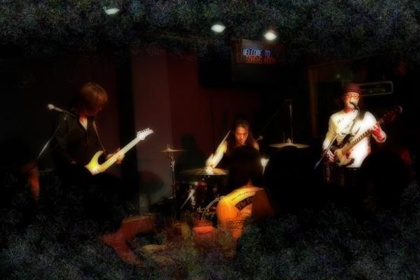 友人のバンド