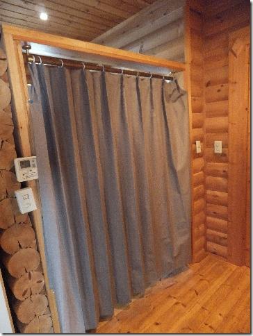 脱衣所のカーテン