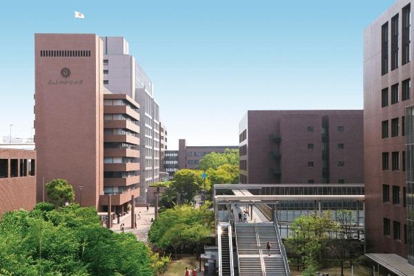 武庫川女子大学の外観