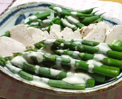 茹で野菜の胡麻味噌ヨーグルトソース