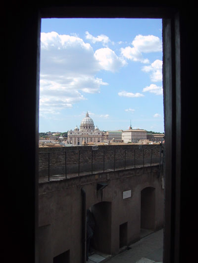 サンタンジェロ城からバチカンを望む