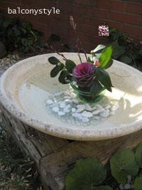 エントランスの水鉢