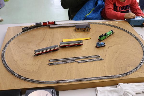 プラレール遊び・鉄道模型運転会