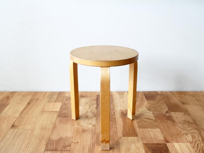 Artek-stool60-50sB01.jpg
