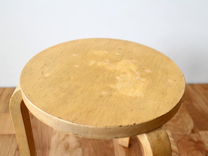 Artek-stool60-50sC02.jpg