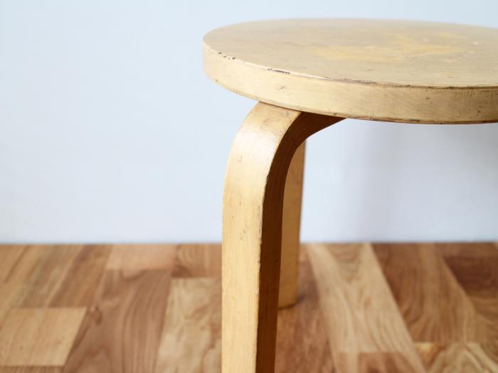 Artek-stool60-50sC07.jpg