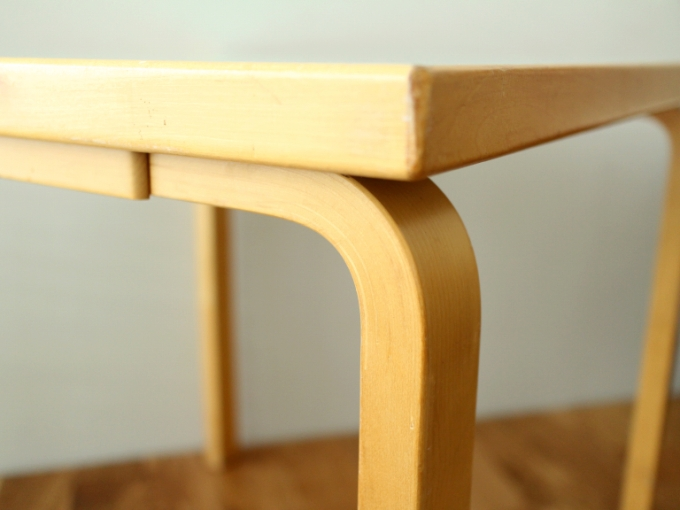 Artek-Table70s-Mintgreen06.jpg