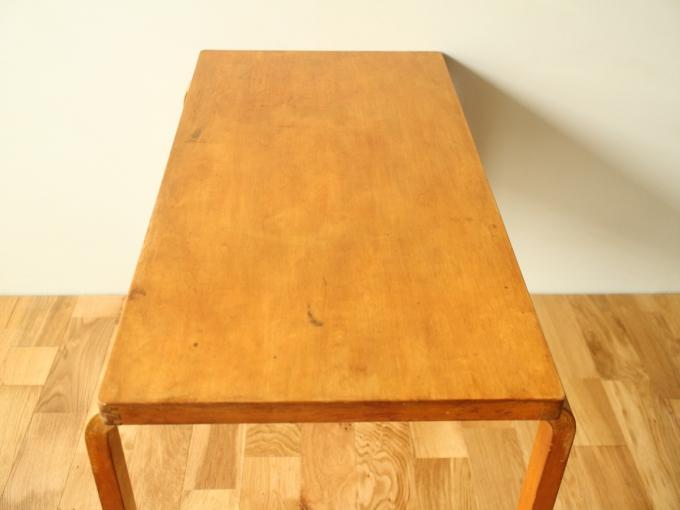 Artek-Table-Finmar30s05.jpg
